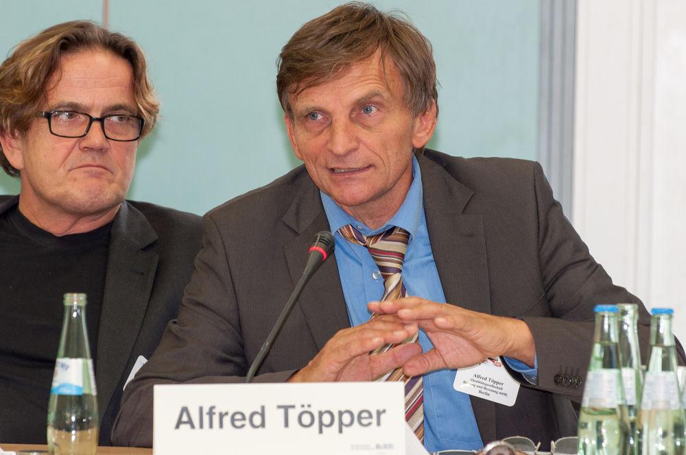 Moderation: Alfred Töpper, QBB