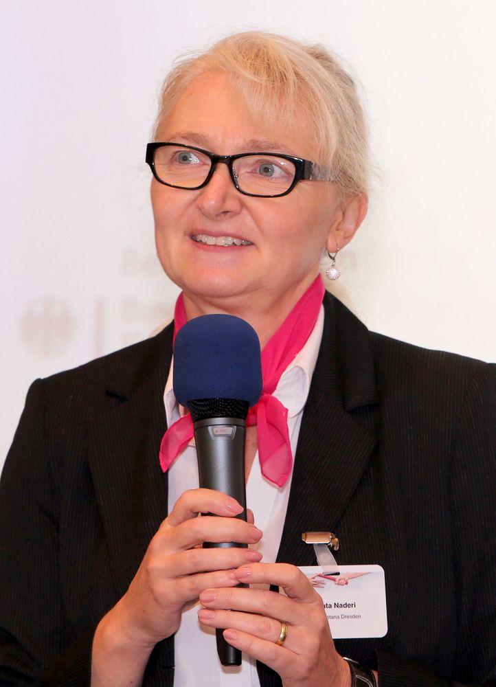 Renata Naderi, Hotel Smetana Dresden